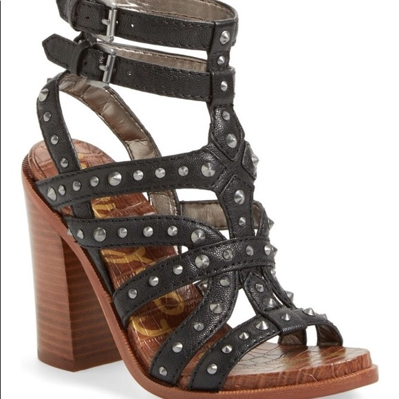 2d7f2e636feae Sam Edelman Keith Croc Embossed Studded Sandal. M 5a8a083dd39ca2ea71ae8804